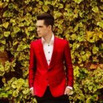 "Panic! At The Disco divulga trecho do clipe de ""Don't Threaten Me With A Good Time"""