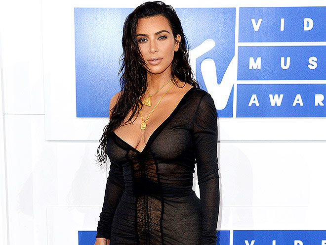 NEW YORK, NY - AUGUST 28: Kim Kardashian attends the 2016 MTV Video Music Awards at Madison Square Garden on August 28, 2016 in New York City. (Photo by Anthony Harvey/Getty Images)