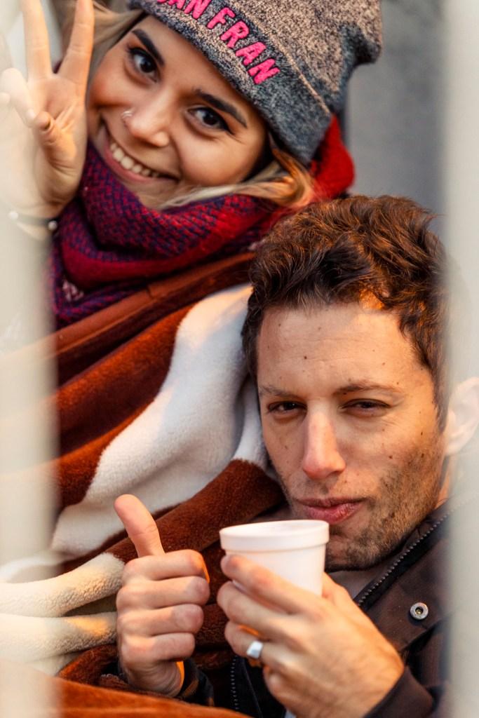 Público toma café da manhã à espera da venda de ingressos do Lollapalooza Argentina 2020.