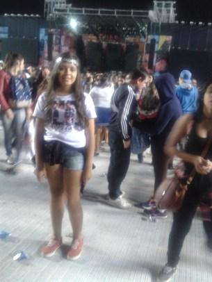 Fã em show da One Direction no Brasil.