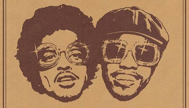 Bruno Mars e Anderson Paak juntos em uma foto que possui somente o rosto deles representados como desenhos e no fundo marrom