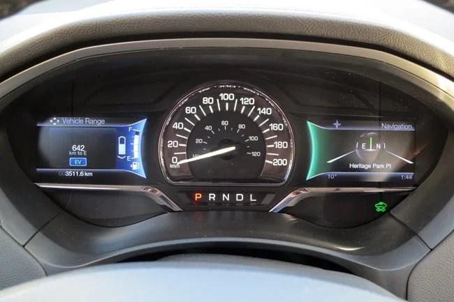 2014 Lincoln MKZ Hybrid gauges
