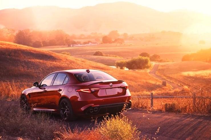Alfa-Romeo-Giulia-rear