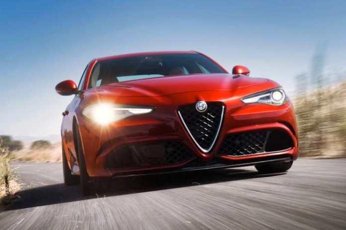 Alfa-Romeo-Giulia-rolling