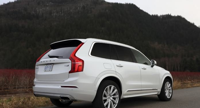 2016 Volvo XC90 Inscription Review (22 of 25)