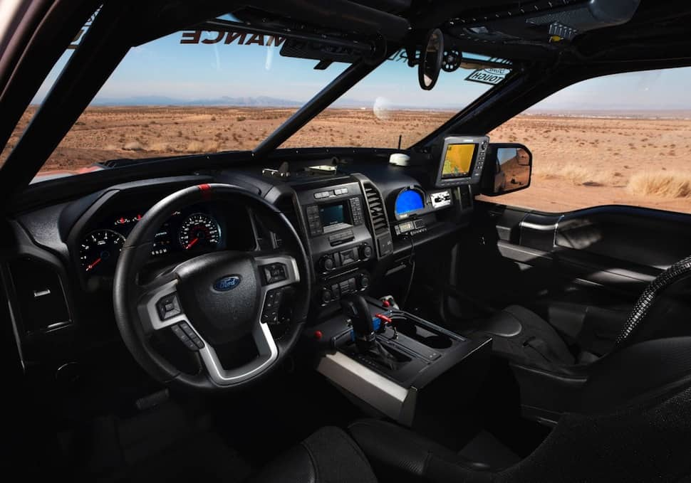 2017 ford raptor race truck cabin