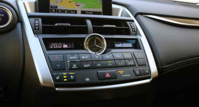 Lexus_NX300h_CentreStack