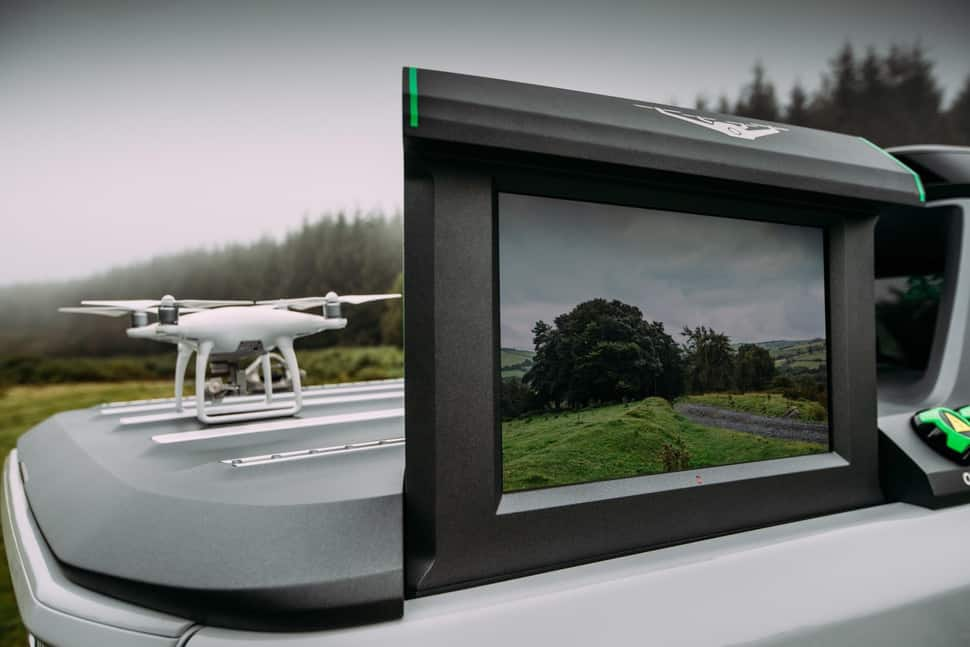 Nissan Navara EnGuard Concept Rescue Truck screen