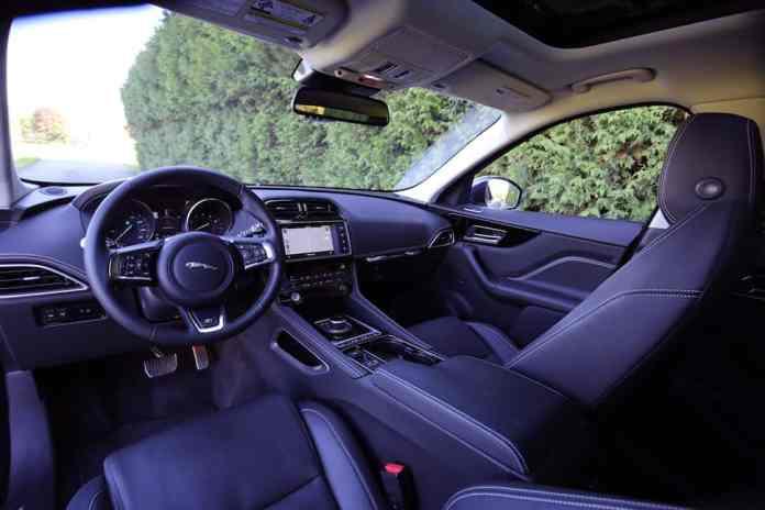 2017 Jaguar F-Pace R-Sport review -5