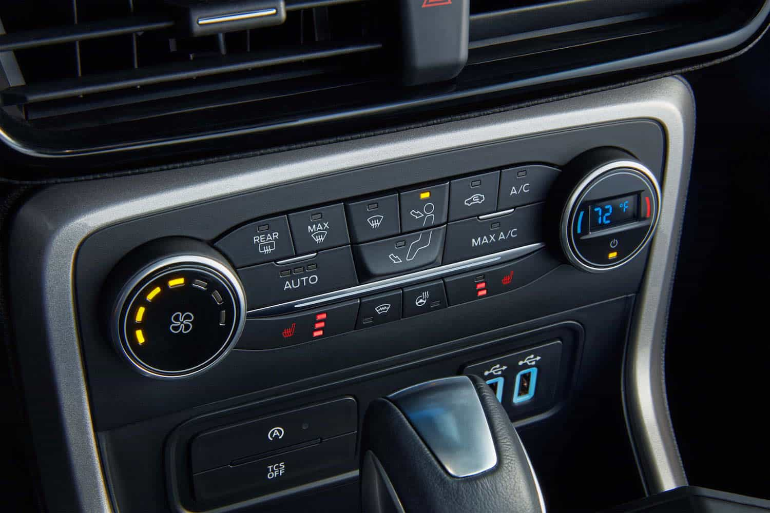 2018 Ford EcoSport front temperature controls