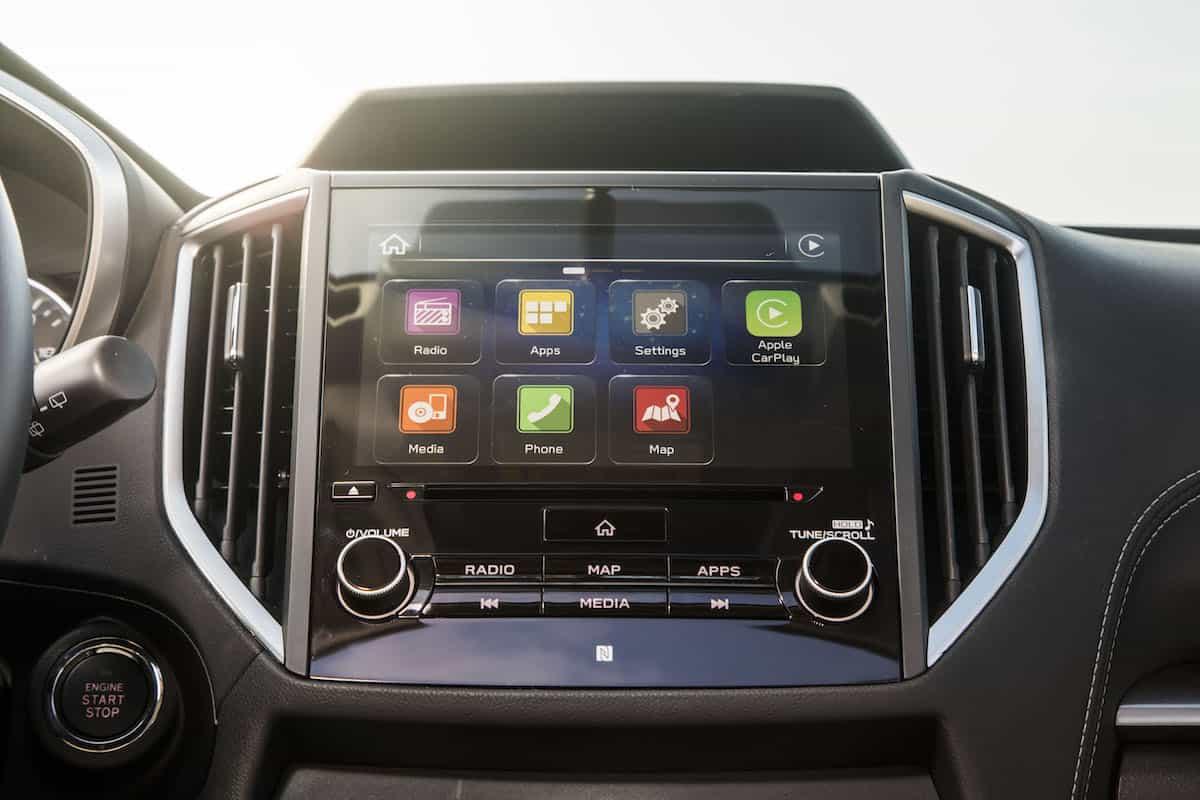 2017 Subaru Impreza multimedia display