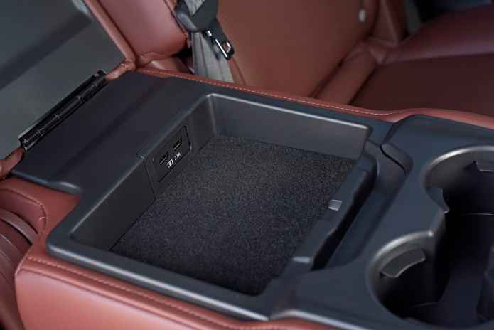 2017 Mazda CX-9 review centre storage