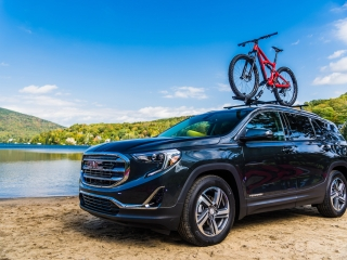 2018 GMC Terrain front roof rack