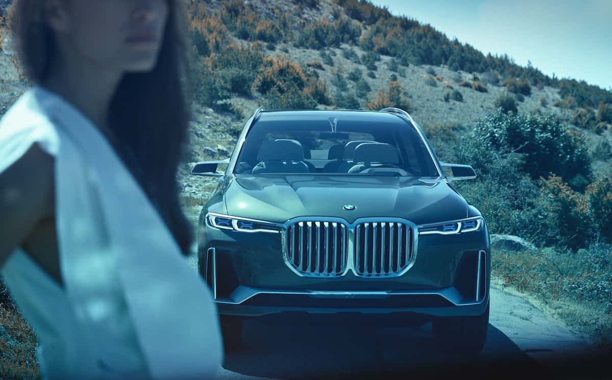 The BMW X7 iPerformance Wants to Redefine the Luxury SUV Segment
