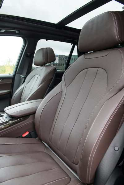 2017 BMW X5 xDrive40e iPerformance review seats