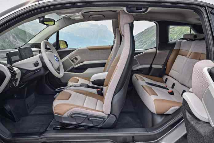 2017 BMW i3 Review seats front back