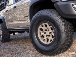 Colorado ZR2 AEV Concept sema 2017 wheels