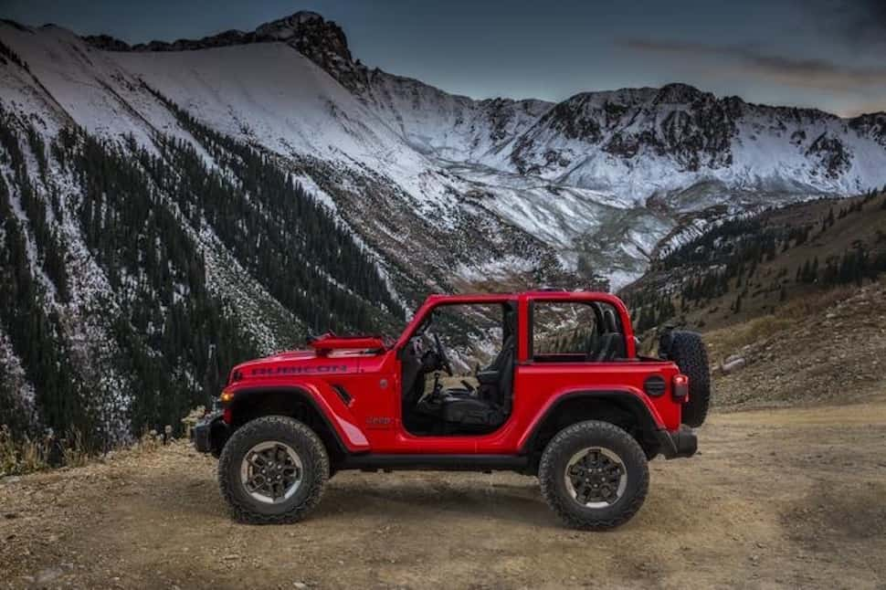 Next-Generation 2018 Jeep Wrangler red sideview