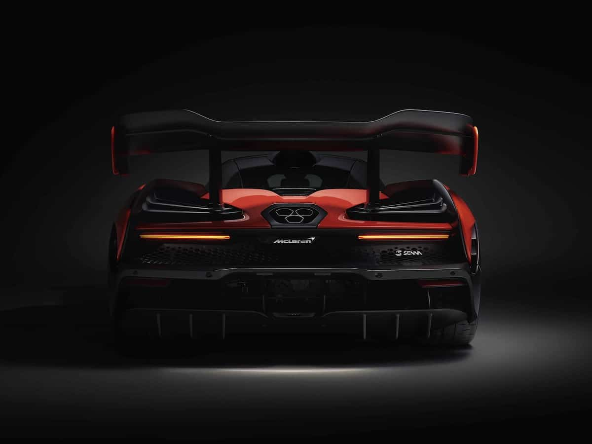 mclaren senna rear head on