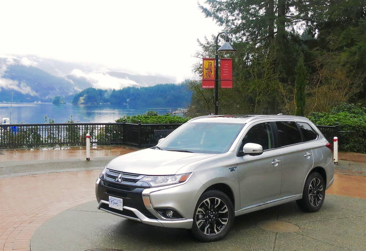 2018 mitsubishi outlander phev review