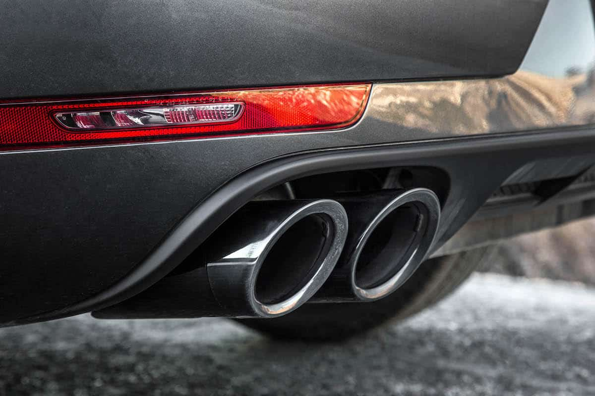 2018 porsche macan gts exhaust pipes