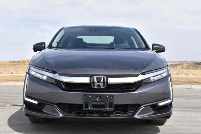 2018 Honda Clarity Plug-In Hybrid touring front grill