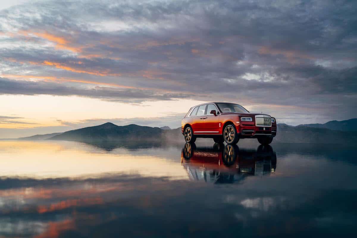 2019 Roll-Royce Cullinan SUV 3