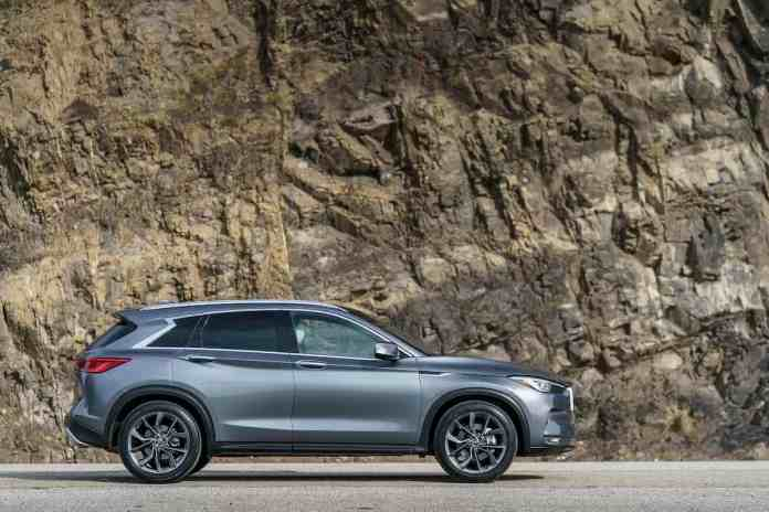 2019 INFINITI QX50 review sideview