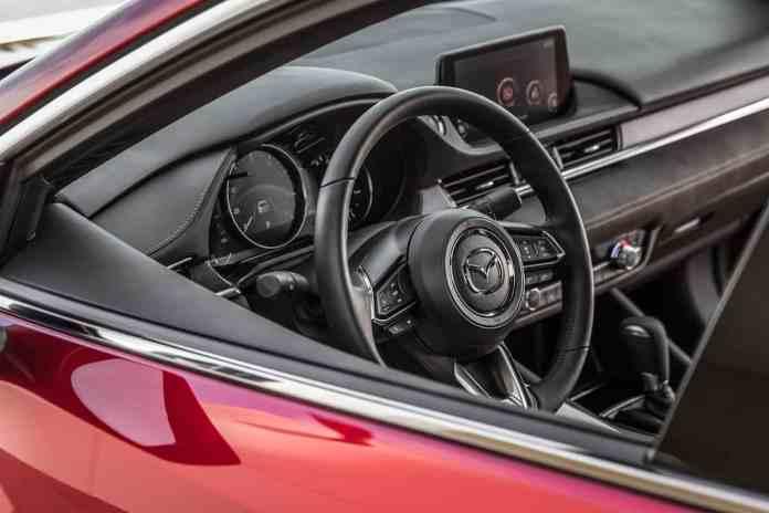 Mazda 6 2018 review cockpit