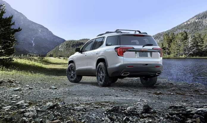 2020 GMC Acadia AT4 rear view profile