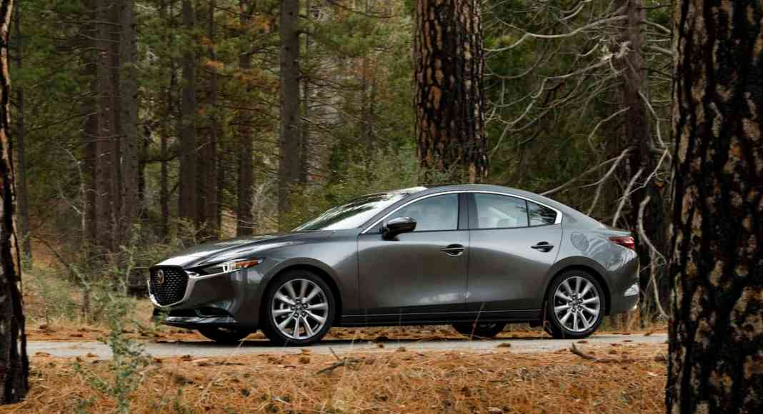 2019 Mazda3 sedan review on tractionlife.com