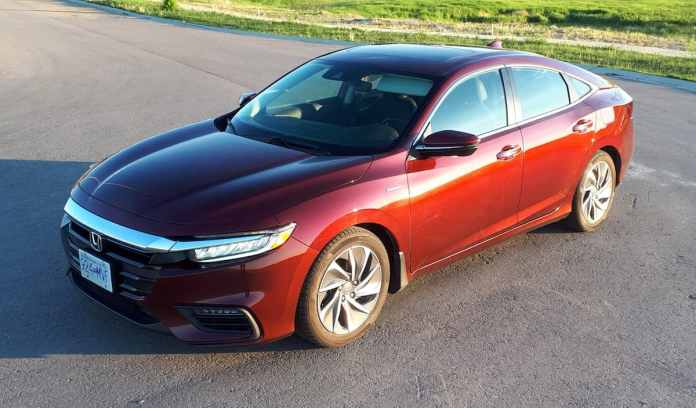 2019 honda insight touring review top view