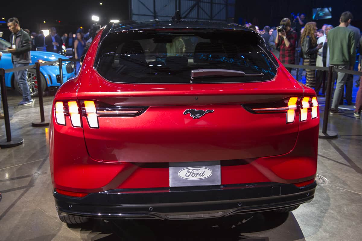 2020 Ford Mustang Mach-E tractionlife (14 of 40)