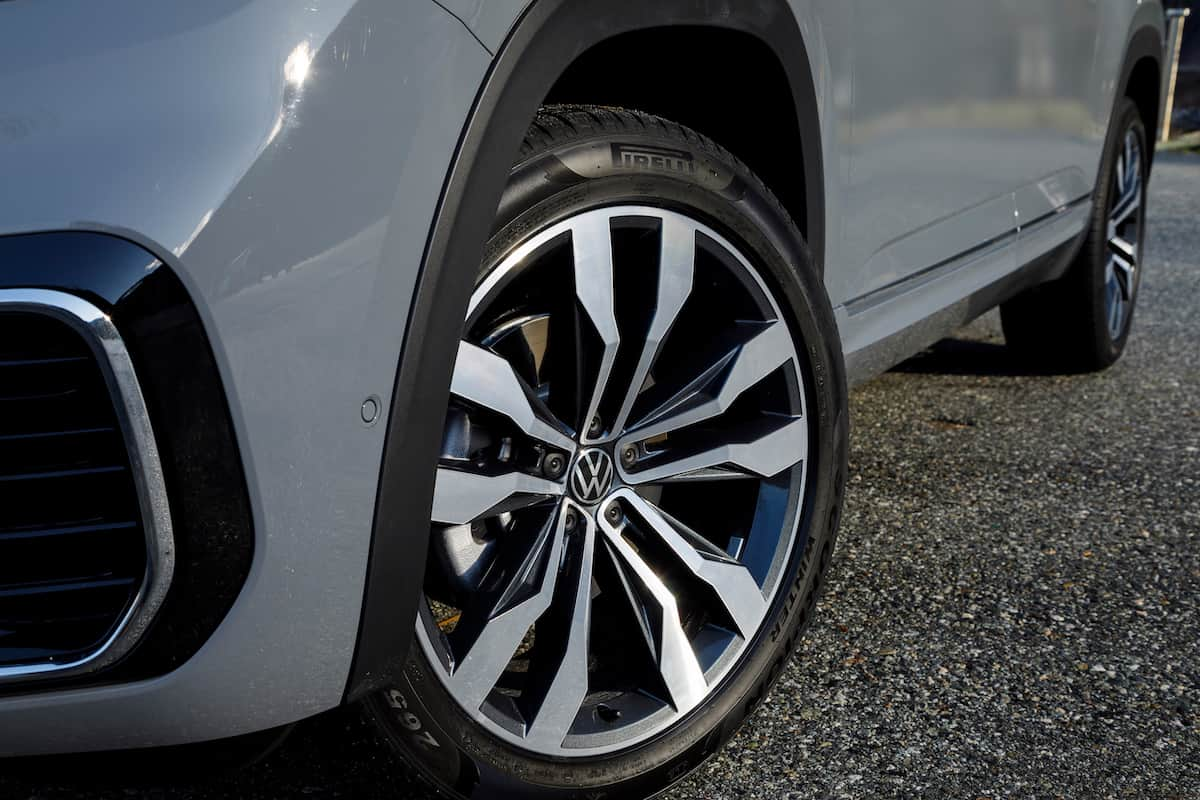 2020 Volkswagen Cross Sport wheel