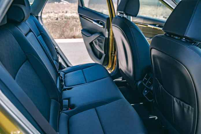 2021 Kia Seltos interior cargo space and features
