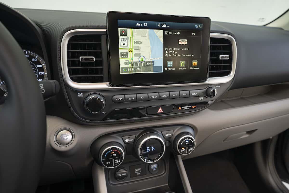 2020 Hyundai Venue 7