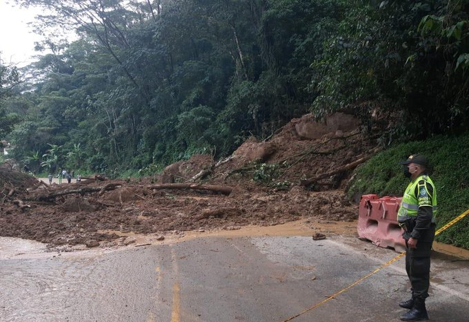 autopista Medellín-Bogotá
