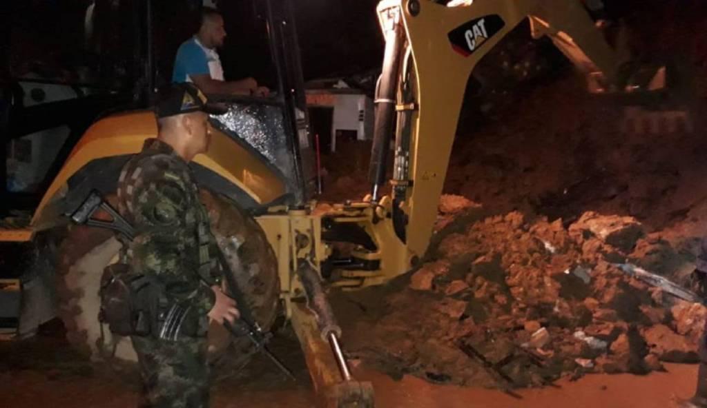 derrumbe vía Medellín la costa nov 23