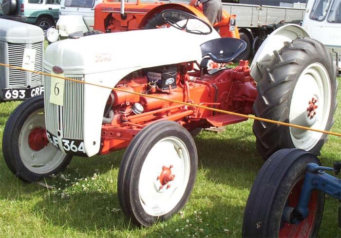 Box Gerar 1951 Oil Fill Tractor Ford 8n