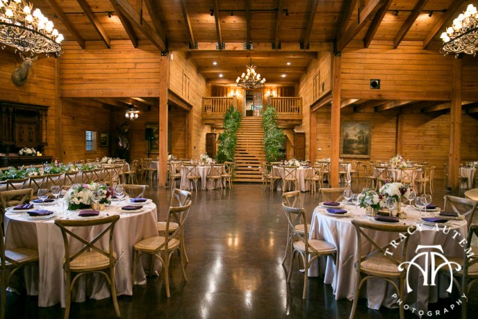 laura-and-david-wedding-details-classic-oaks-venue-wedding-reception-ideas-purple-tcu-flowers-justines-love-sign-rustic-tracy-autem-photography-0033