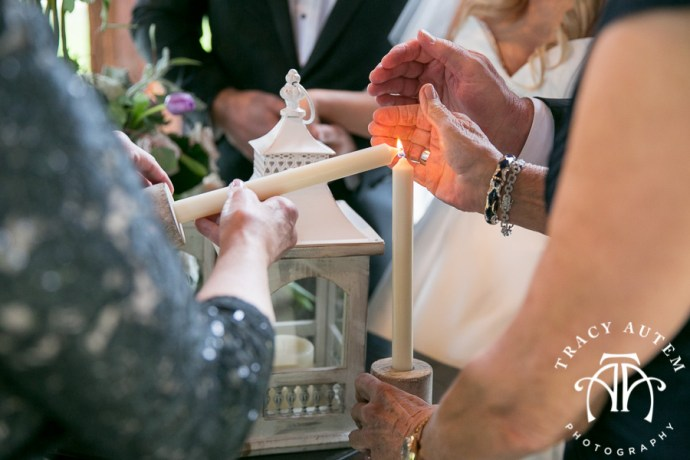 laura-and-david-wedding-details-classic-oaks-venue-wedding-reception-ideas-purple-tcu-flowers-justines-love-sign-rustic-tracy-autem-photography-0048