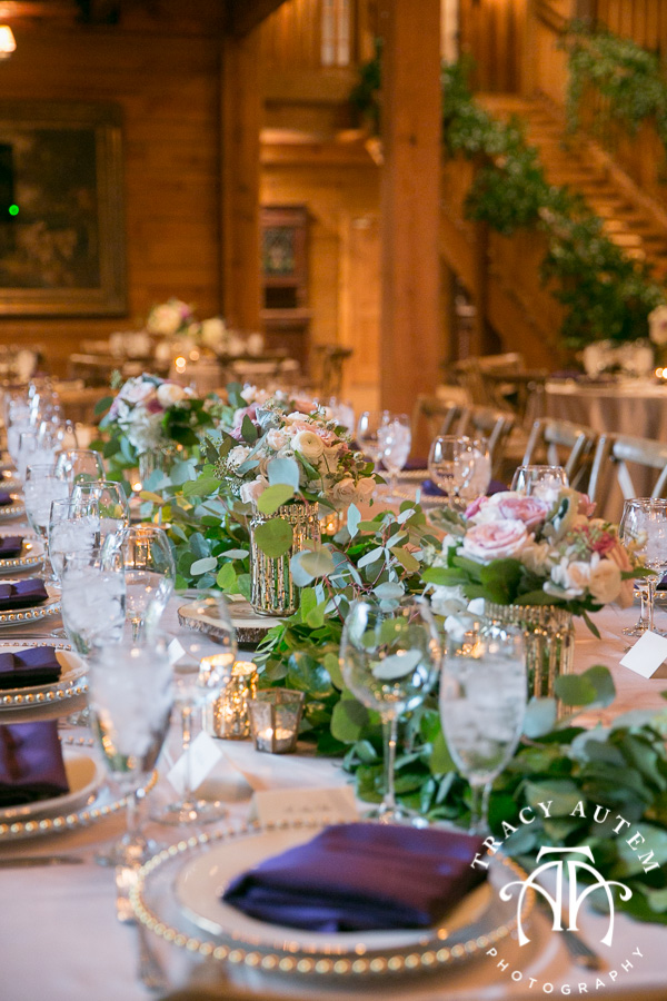 laura-and-david-wedding-details-classic-oaks-venue-wedding-reception-ideas-purple-tcu-flowers-justines-love-sign-rustic-tracy-autem-photography-0050