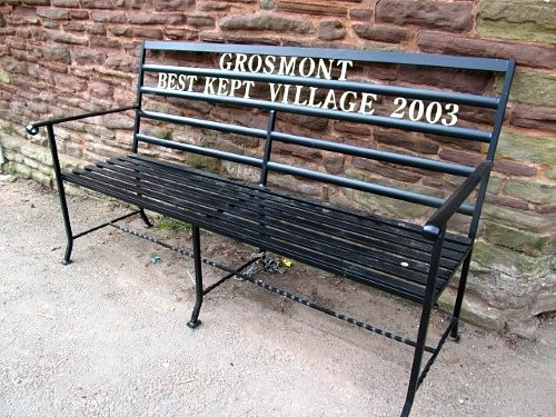 A glowing report on Grosmont... from a local bench