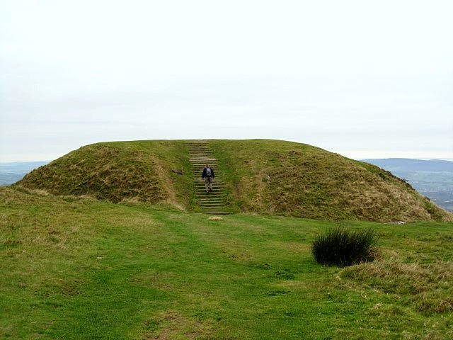 The 'pimple' on the top of Twmbarlwm