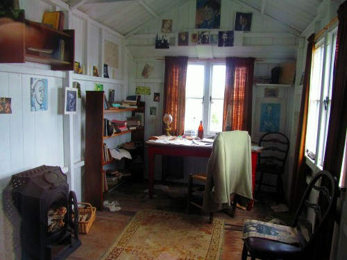 The writing shed where Dylan spent many hours