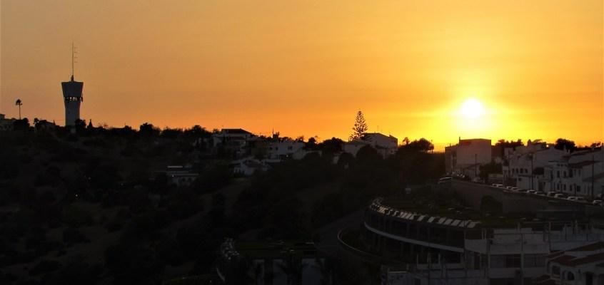 Sunset, caipirinhas and Pateo water tower