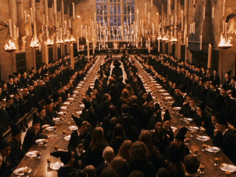 The dining hall at Hogwarts