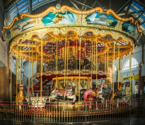 carousel-623105_1280
