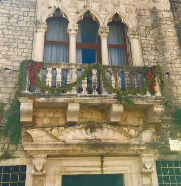 beautiful-balcony-in-trogir