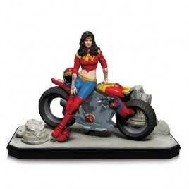 DC COMICS - Gotham City Garage: Statua di Wonder Woman!